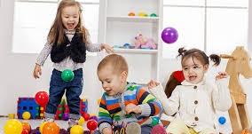 پاورپوینت بررسی نقش و اهمیت بازی در کودکان پیش دبستانی
